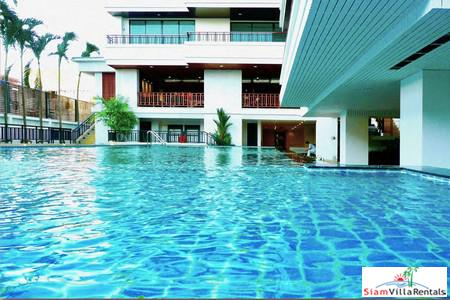Large Condo in the Center of Pattaya Just 50 Meters to Pattaya Shopping Mall