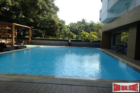 Spacious One Bedroom on the 19th Floor in Phetchaburi, Bangkok