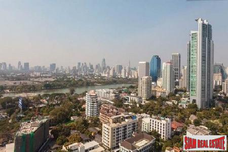Three Bedroom Corner Apartment on the 23rd Floor, Sukhumvit 22, Bangkok