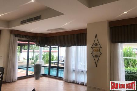 Luxury Two Storey Pool Villa 15
