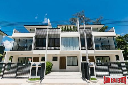Three Story Townhouse with Rooftop Terrace in Laguna, Phuket