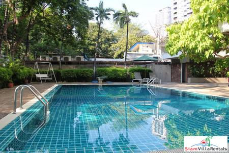 Kanta Mansion | Spacious Three Bedroom for Rent -- Pets Allowed -- on Sukhumvit 26