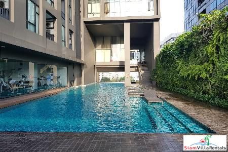 Superior One Bedroom Conveniently Located  in Ekkamai, Bangkok