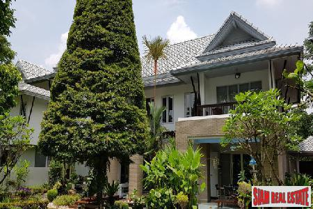 Tropical Custom Built 4 Bed Home in Secure Estate at Tha Raeng, Bang Khen