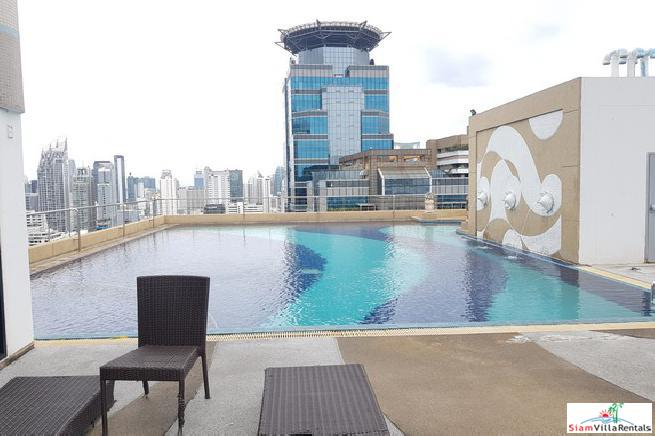 Modern Two Bedroom with City Views For Rent in Asoke, Bangkok
