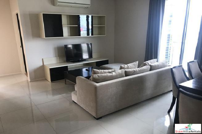 Modern Two Bedroom Corner Unit for Rent in Asok, Bangkok