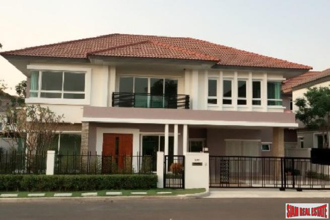 Modern and Large Two Storey Near Airport and Schools in Saphan Sung