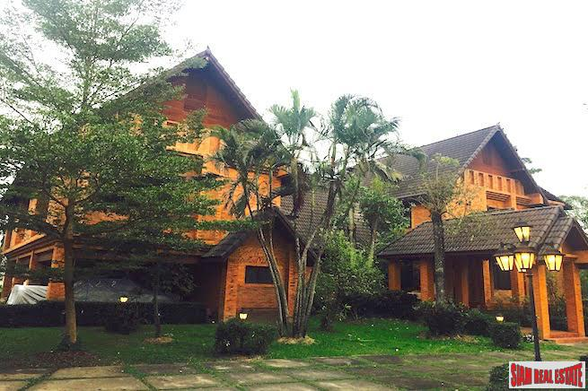Spectacular Two Storey, Six Bedroom with Lake Access in The Wang Tan, Chiang Mai