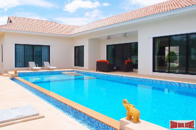 Contemporary, Luxurious 4 Bed Pool Villa at East Pattaya