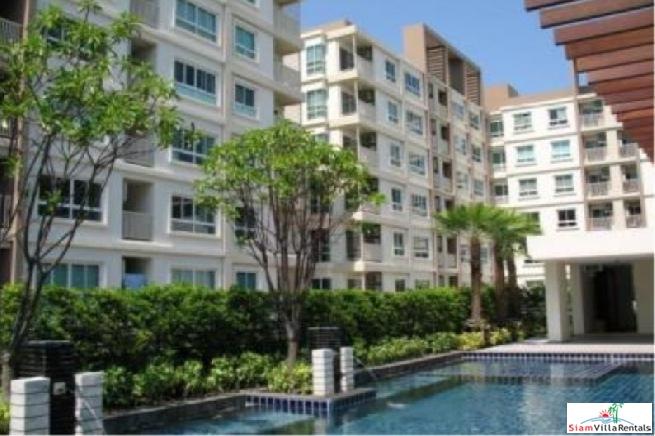 Two Bed Condo for Rent at Low Rise Condo at Phra Khanong-Rama 4