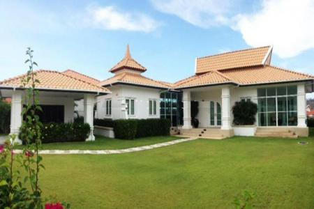 Luxury 2 Bed Pool Villa with Golf Membership