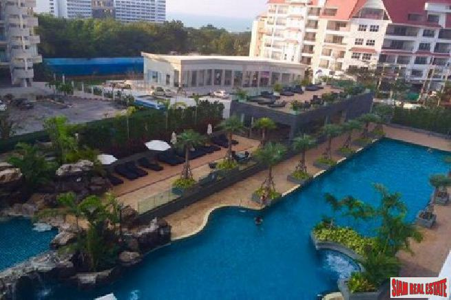 1 Bedroom Apartments In a Quality Beach Resort Area - South Pattaya