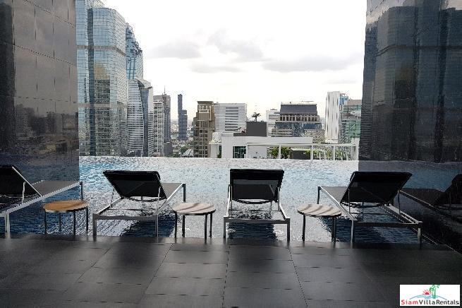 Spectacular Views from this New One Bedroom Condo in Sathorn