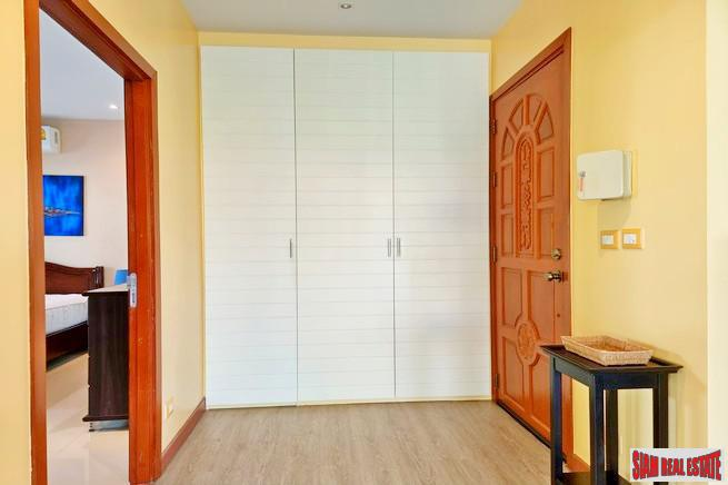 Two Bedroom House with Private 14