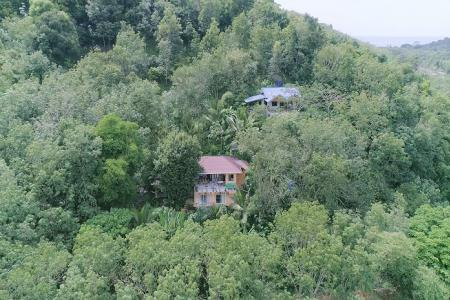 3 Bedroom house, incredible mountain 24