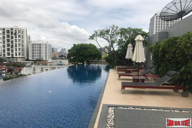 Modern Two Bedroom Condo Located Near BTS Nana on Sukhumvit 8