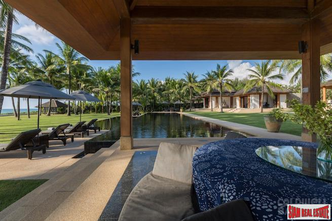 Spectacular Private Beach Front Villa 10