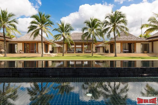 Spectacular Private Beach Front Villa 4