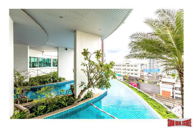 Two Bedroom with Spectacular City Views for Rent on Sukhumvit 69, Bangkok