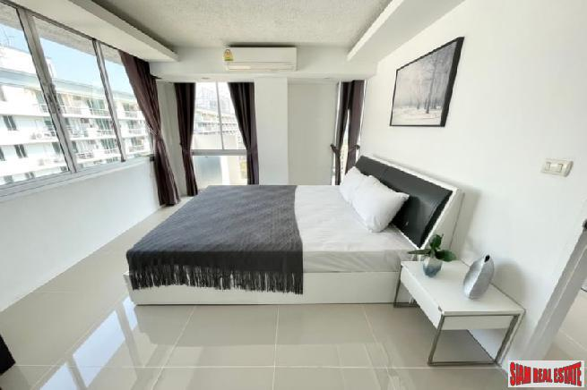 Bright and Contemporary Two Bedroom 5