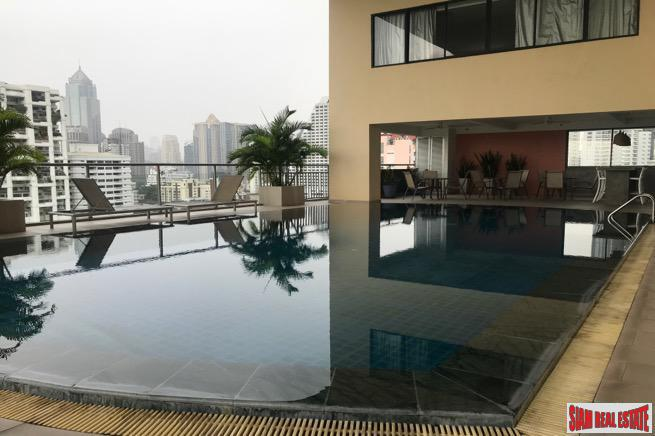Sunny Two Bedroom Corner Condo with City Views on Sukhumvit 8