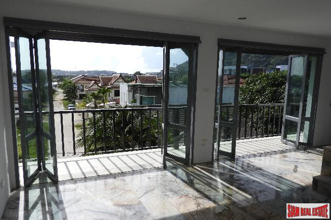 Beautiful and Peaceful Three Storey 20