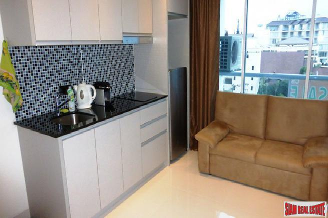 Beautiful Condominium 2 bedrooms with Stunning Seaview in Naklua Pattaya