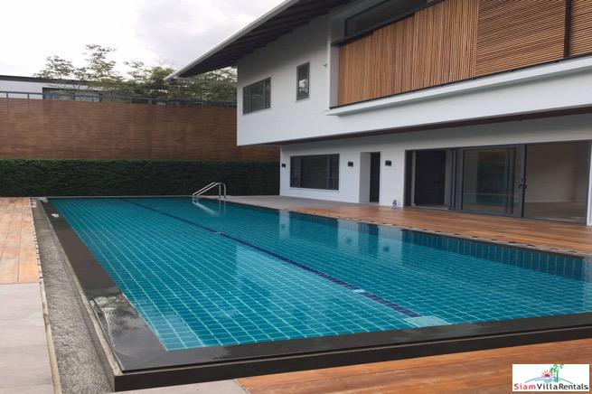 Four Bedroom Family Home with Huge Private Swimming Pool in Rama9