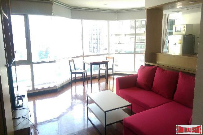 Brightly Furnished 1 Bed Unit 6