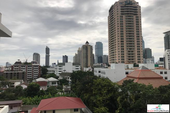 Sriwattana Apartment | Big Two bedroom Corner Unit with City Views  in Sathorn