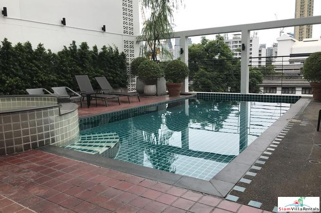 Furnished One Bedroom Service Apartment in Asoke