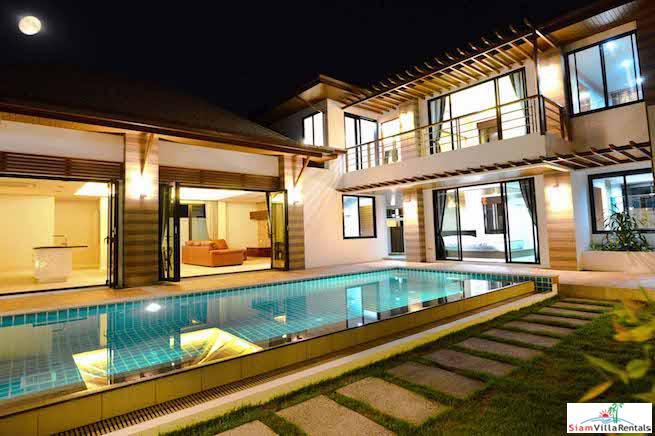 Comfortable and Inviting Contemporary Three Bedroom Pool Villa for Rent in Rawai