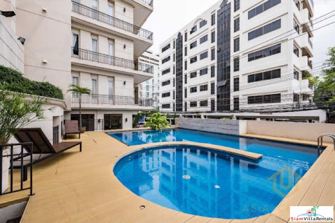 Bright and Modern Three Bedroom Condo in Phrom Phong