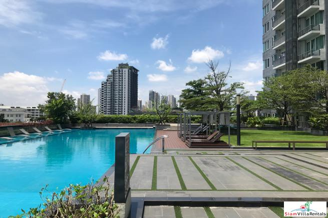 Two Bedroom Condo for Rent Near BTS Thong Lo