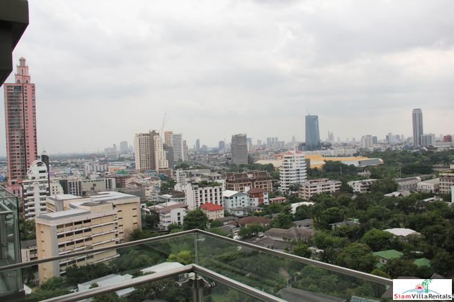Comfortable Two Bedroom Serviced Apartment with City Views in Asok