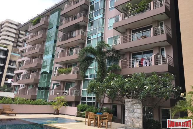 Two Bedroom Low Rise Condo 7