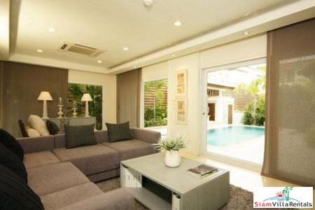 Modern Three-Bedroom Pool Villa in Banglamung