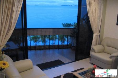 One Bedroom Sea View Condo for sale on Wong-Amat Beachfront