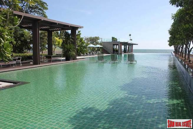 Sea Views from this Four Bedroom Luxury Duplex in Jomtien
