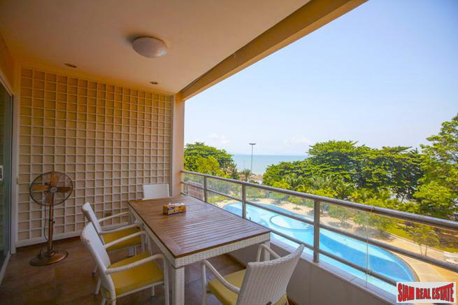 Spacious Two Bedroom Condo with Pool and Sea Views in Jomtien