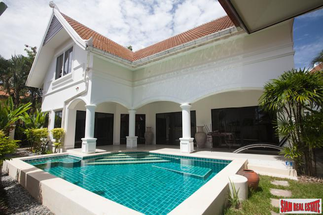 Large Three Bedroom Pool Villa in a Boutique Resort Atmosphere, Na Jomtien