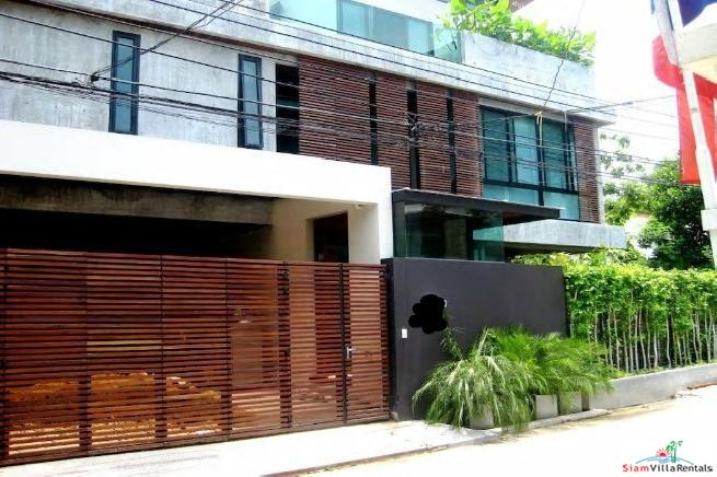 Private Four Bedroom House with Pool and Tropical Gardens in Thong Lo