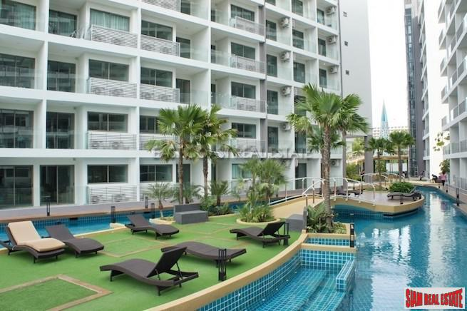 Warm and Inviting Two Bedroom Condo Close to the Beach in Jomtien