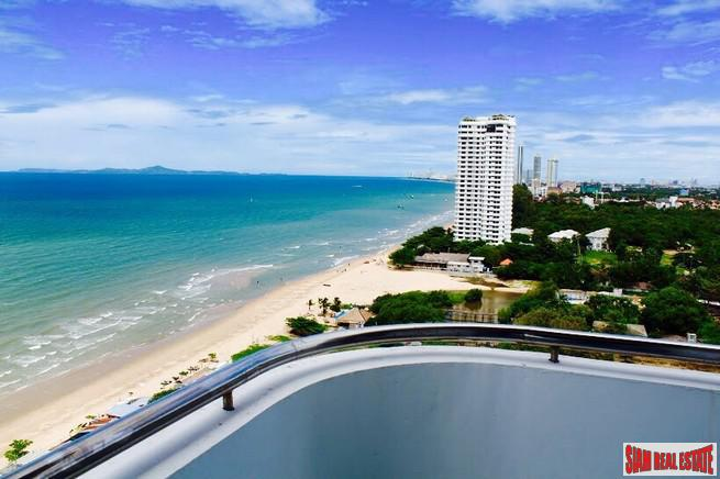 Spectacular Sea Views from this Three Bedroom Condo in Jomtien