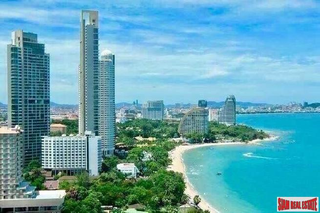 The BEST Beautiful beachfront condominium in Pattaya -Naklua