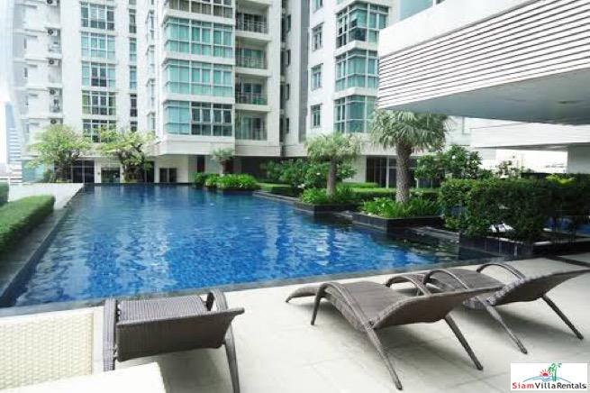 Nusasiri Grand | Roomy and Comfortable Three Bedroom Condo Extremely Close to BTS Ekkamai