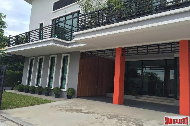 Finest Home Office Building at Bangna
