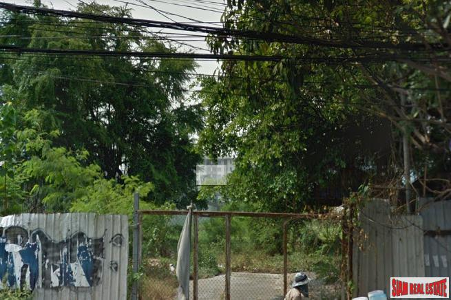 Residential or Commercial Land for Sale with Road Frontage at the Popular area of Ekkamai, Sukhumvit 63