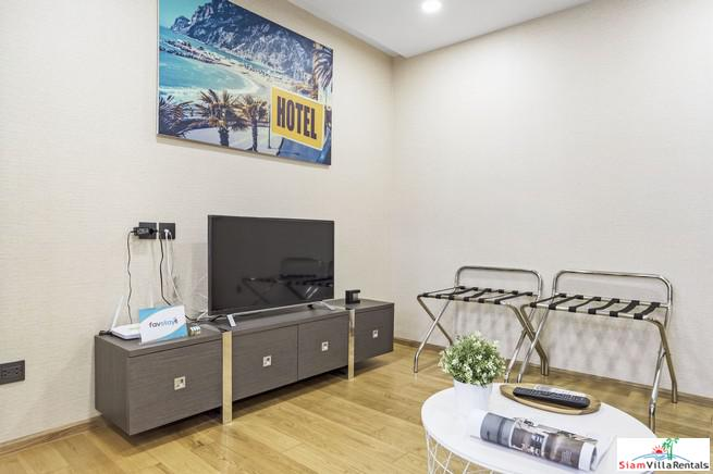 Bright and Cheerful One Bedroom 13