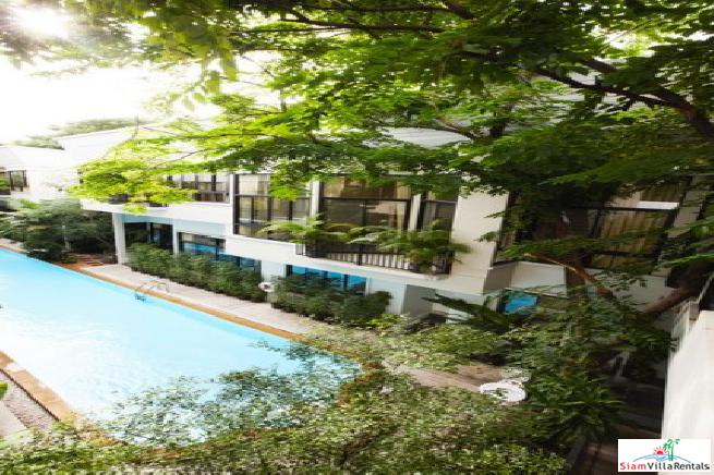 Veranda Ville Sukhumvit 38 | Impressive Two Storey, Two Bedroom House Near BTS Thong Lo